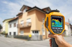 picture of thermal  - Recording Heat Loss at the House With Infrared Thermal Camera - JPG