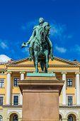 Постер, плакат: Statue King Carl Johan Xiv In Oslo