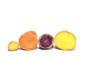pic of solanum tuberosum  - Different varieties of potatoes  - JPG