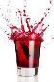 Постер, плакат: Красная жидкость Splash