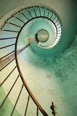 Постер, плакат: Маяк винтовая лестница