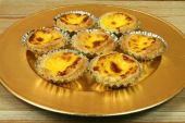 pic of pasteis  - Traditional portuguese egg tarts  - JPG