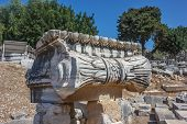 picture of ionic  - Part of the capitals Ionic columns in the temple of Apollo in Didim - JPG
