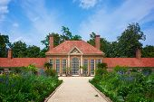 image of slave-house  - Blossoming gardens on the grounds of George Washington - JPG