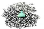 foto of hematite  - Detailed and colorful image of turquoise mineral - JPG