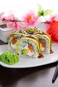 pic of dragon-fish  - Big maki sushi - JPG