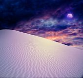 picture of full_moon  - Full moon at White Sands New Mexico - JPG