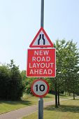 picture of mph  - UK road narrows - JPG