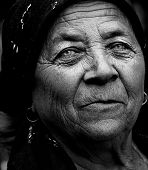 pic of beautiful senior woman  - Dark artistic portrait of expressive senior lady - JPG