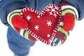Christmas Heart In Mittens