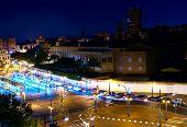 pic of tomas  - otra toma de las calles de Valencia de noche  - JPG