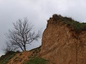 pic of azov  - Steep shores of the Azov Sea with cloudy sky - JPG
