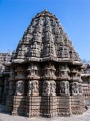 picture of karnataka  - The outside of one of the shrines of Keshava at the 13th Century temple of Somanathapur - JPG