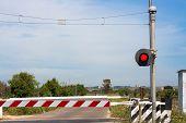 pic of traffic light  - red traffic light crossing level - JPG