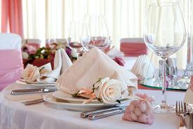 pic of wedding table decor  - Table set for a wedding dinner - JPG
