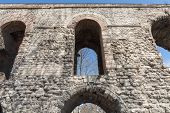 picture of aqueduct  - Front view of Valens Aqueduct in Istanbul - JPG