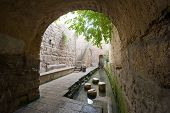image of tunnel  - The pool of Siloam at the end of Hezekiah - JPG