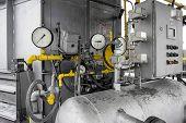 picture of air pressure gauge  - Closeup equipment  - JPG