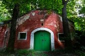 Постер, плакат: Old Wine Cellar Door