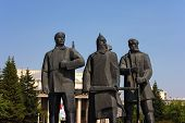 foto of novosibirsk  - Monument to the Red Army soldiers in Novosibirsk - JPG