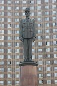 pic of charles de gaulle  - A monument to Charles de Gaulle near the Hotel  - JPG