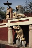 foto of lakshmi  - Statues at a temple - JPG
