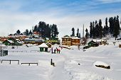 picture of jammu kashmir  - Snow covered tourist resort - JPG