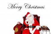 Постер, плакат: Санта Клаус поднимает тост «хорошее настроение» для всех хороших людей в мире которые знают и любят