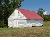 pic of tobacco barn  - National Historic site Barn at home of Thomas Stone - JPG
