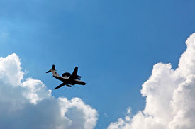 picture of awacs  - Flight of the plane of radar - JPG