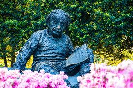 foto of einstein  - Albert Einstein Memorial in at the National Academy of Sciences in WashingtonDC - JPG