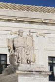 foto of supreme court  - Statue outside the Supreme Court in Washington - JPG
