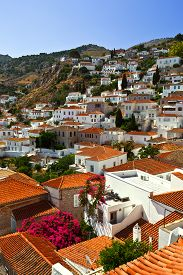 foto of hydra  - View of the town of Hydra from the streets - JPG