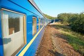 picture of wagon  - Motion train and blue wagon - JPG