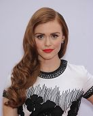 LOS ANGELES - JUL 11:  Holland Roden arrives to the