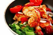 pic of turkey-hen  - chicken with tomatoes and hot peppers on pan - JPG