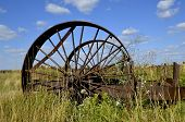 pic of earth-mover  - The steel wheel - JPG